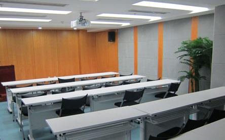 河南省直电大绿城学习中心大会议室